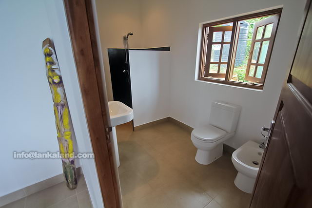 Sri Lanka House Bathroom Design : Amazing modern bathroom design in sri lanka decorating